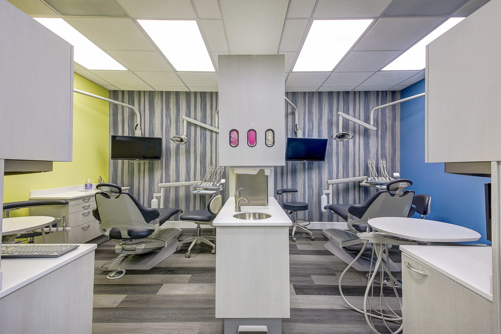 Picture of Toothworx Modern Dentistry Operatory Room Dual Views